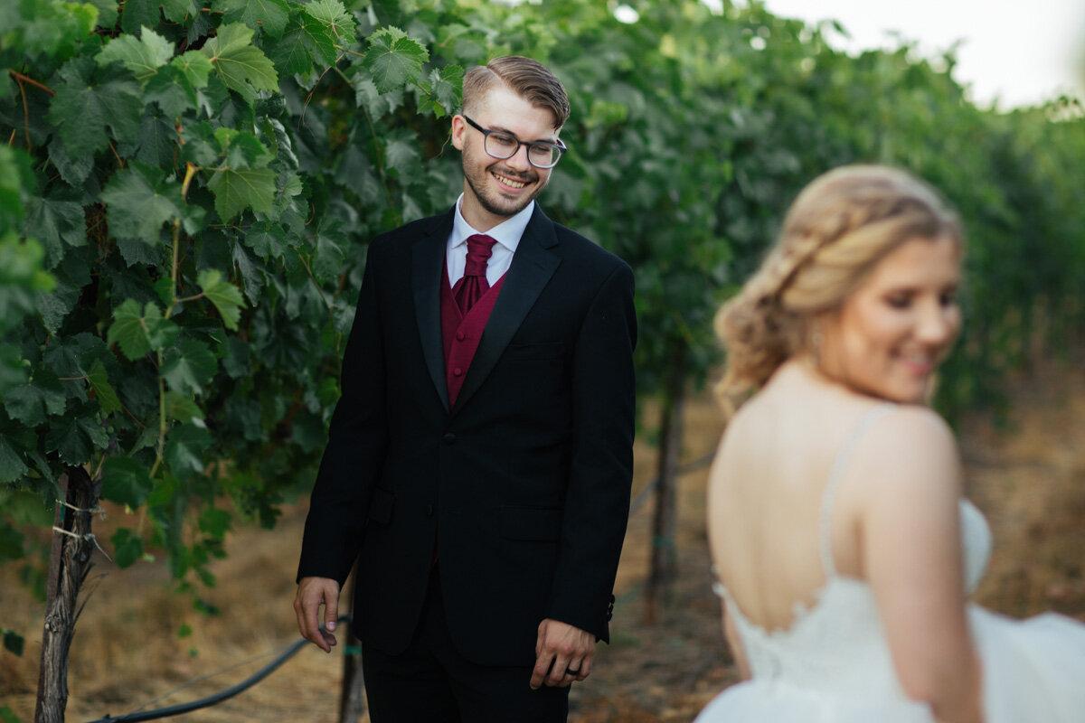 rancho-victoria-vineyard-wedding-photos-55.jpg