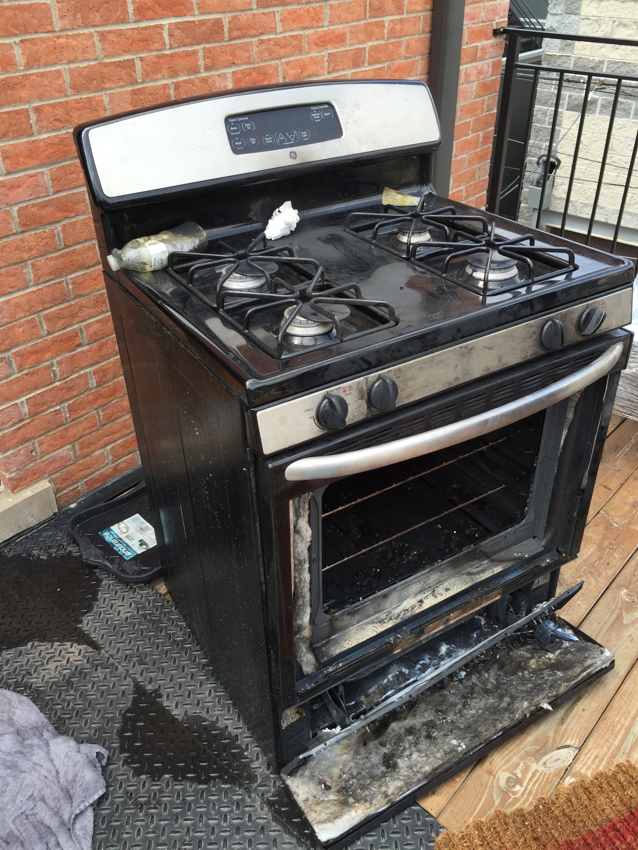 Shitty GE Stove - Exploded