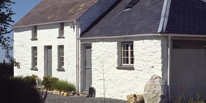 Bryncyn, Wales. Cottage converted by Dorian Bowen