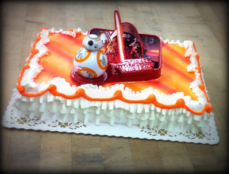 Star Wars Sheet Cake with BB-8