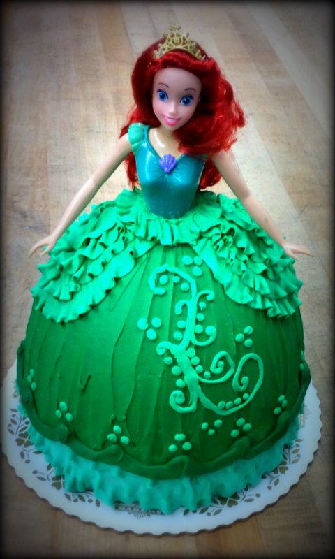 Little Mermaid Doll and Dress Cake