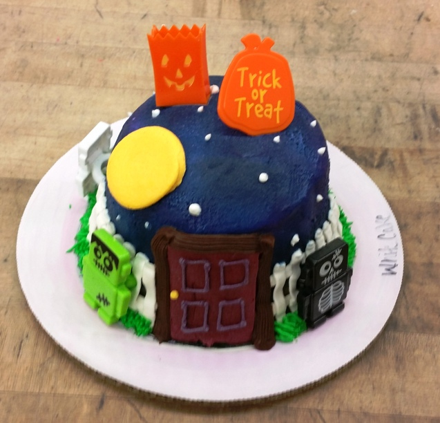 Halloween Petite Jack-O-Lantern Cake