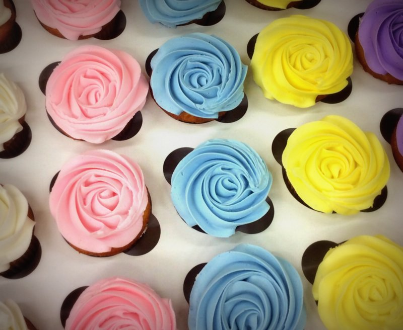 Star Tipped Cupcakes in Pastel Colors