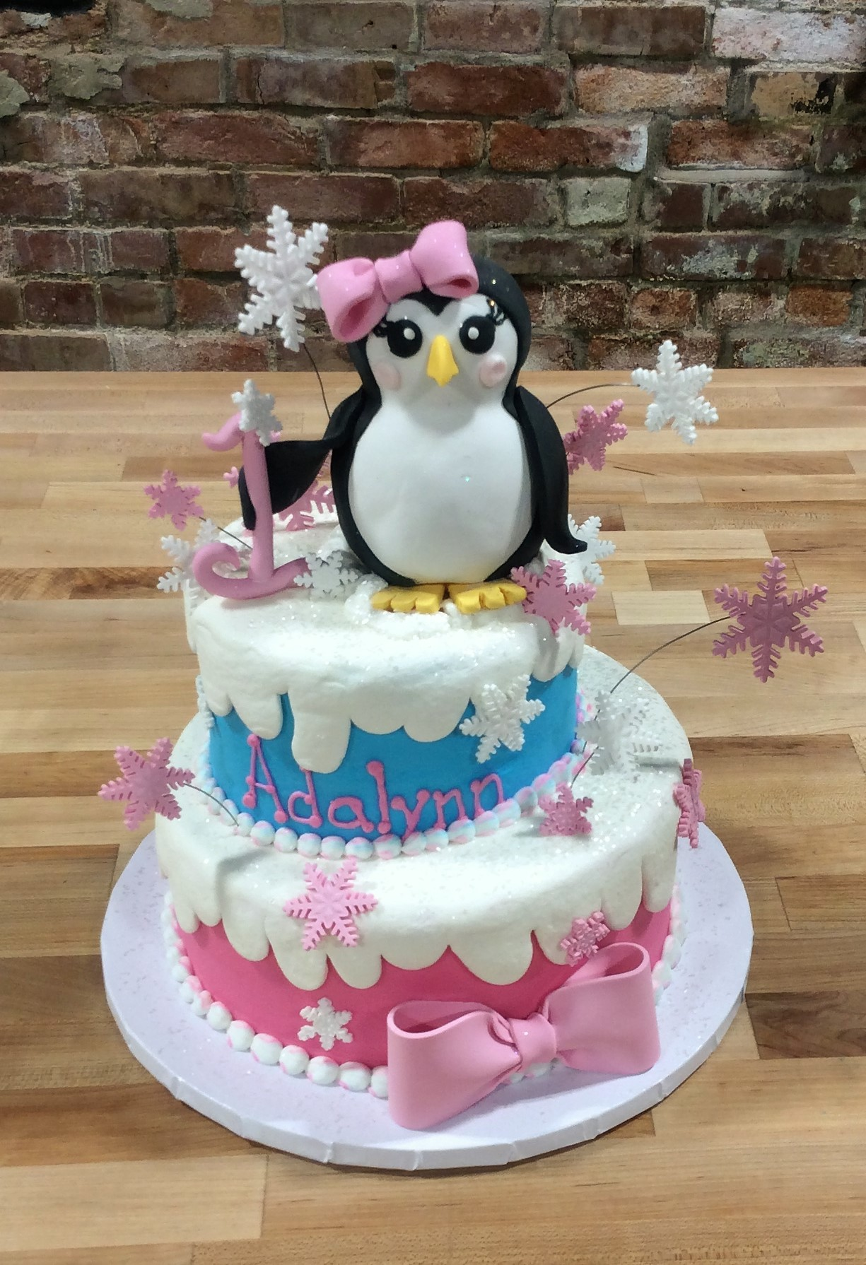 Winter Party Cake with Fondant Penguin