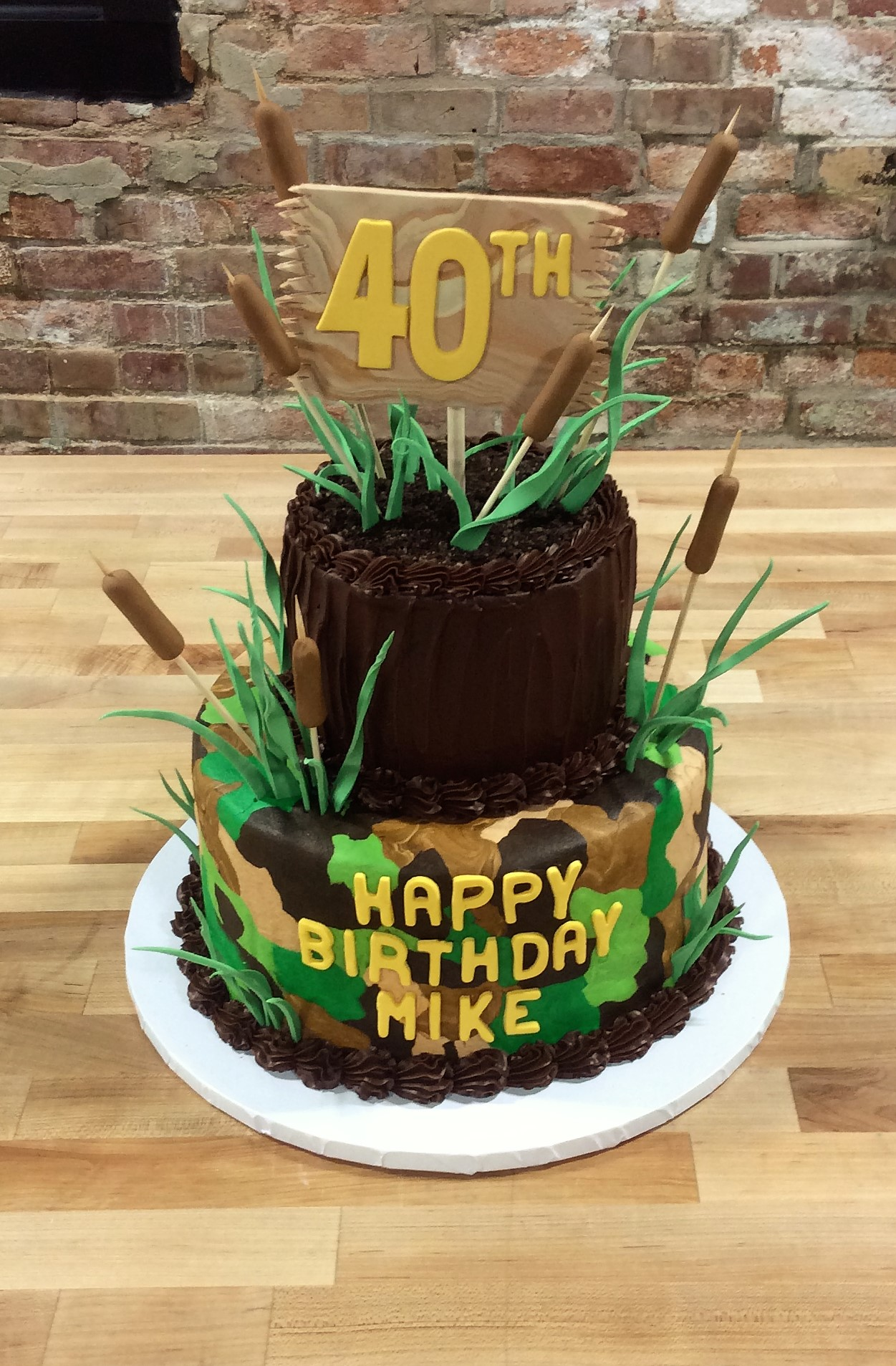 Camouflage Hunting Party Cake
