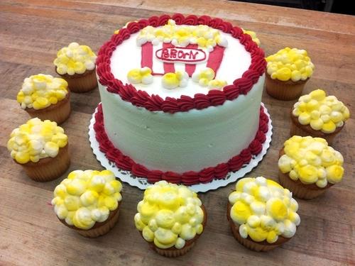 Popcorn Cake and Cupcakes