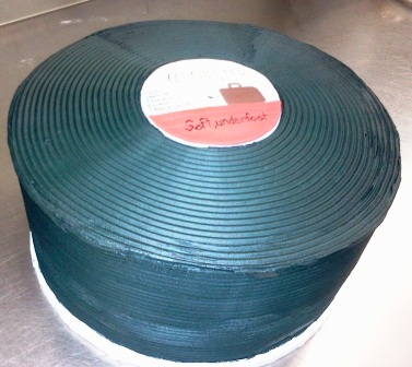 Record Shaped Cake