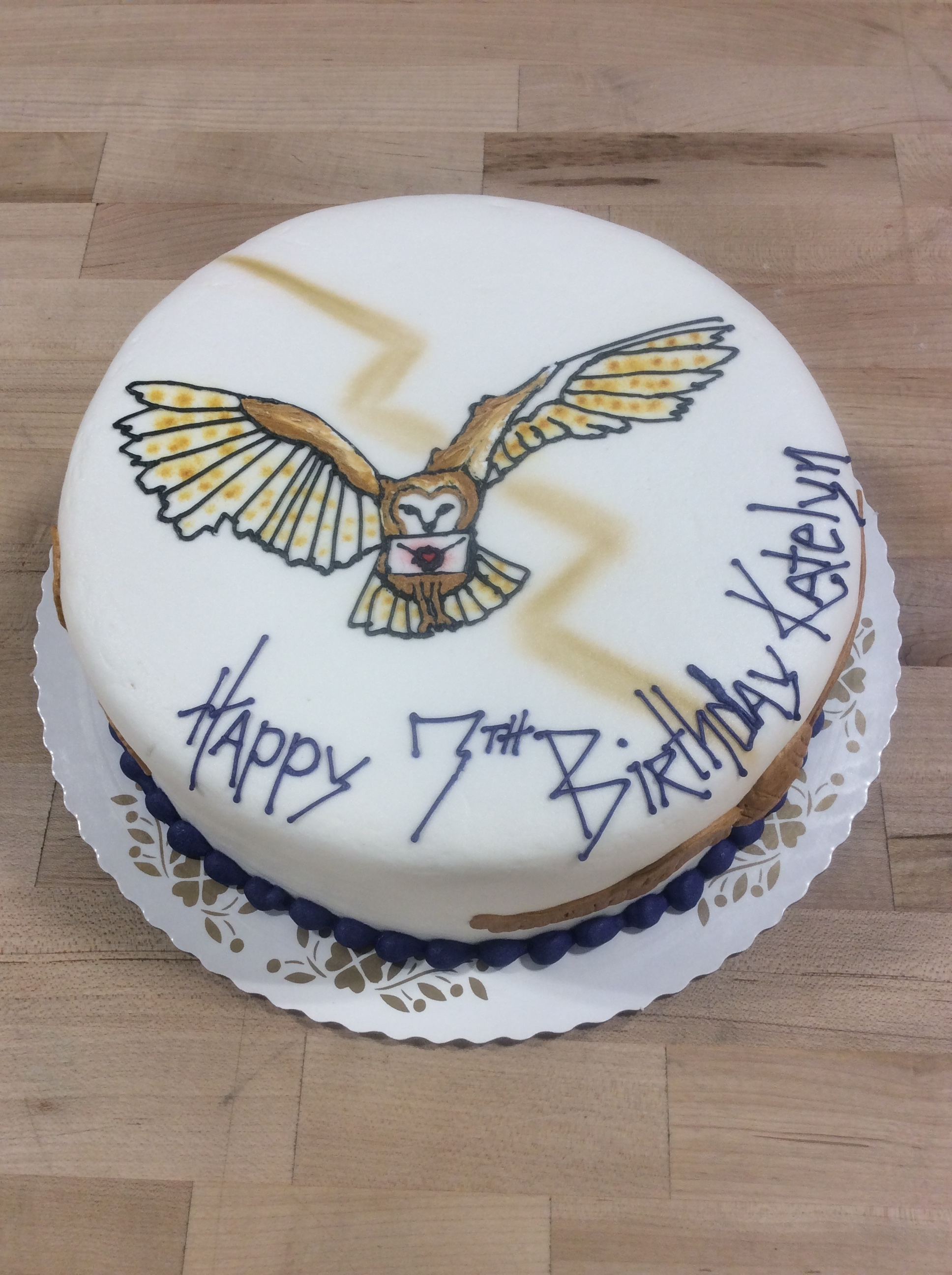 Harry Potter Owl and Snitch Cake
