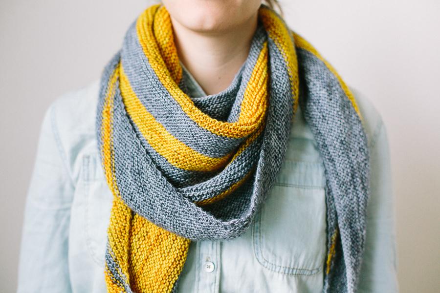 pendulum-scarf-handmade-1.jpg