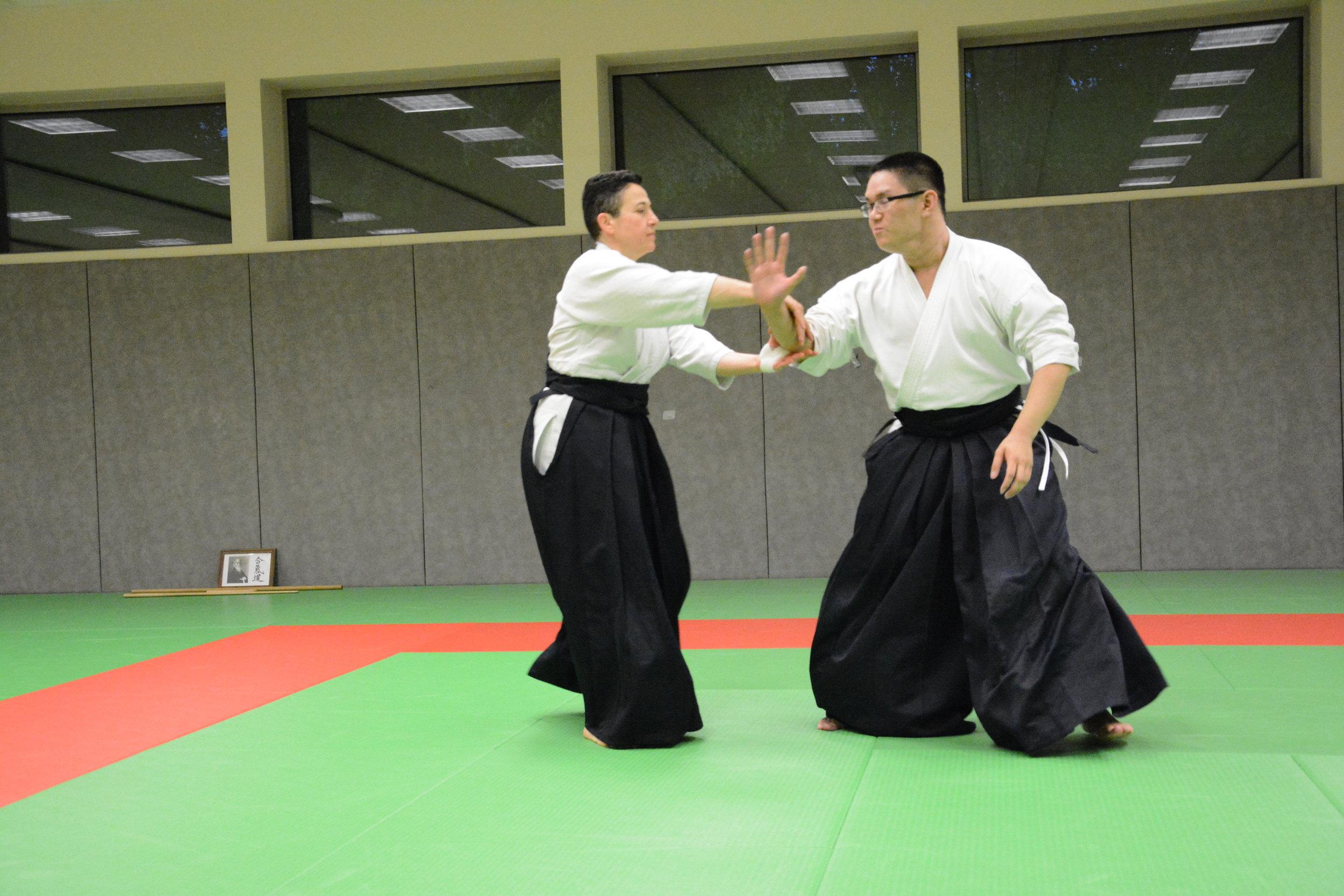 Christophe CHUNG - 3eme Dan CQP a débuté l'Aikido à l'age de 7 ans au sein du Club.Membre de la commission technique de la Ligue du Limousin d'aïkido.