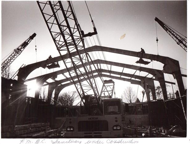 PMBC+Sanctuary+under+construction+c.+1968+arches-sun.jpeg