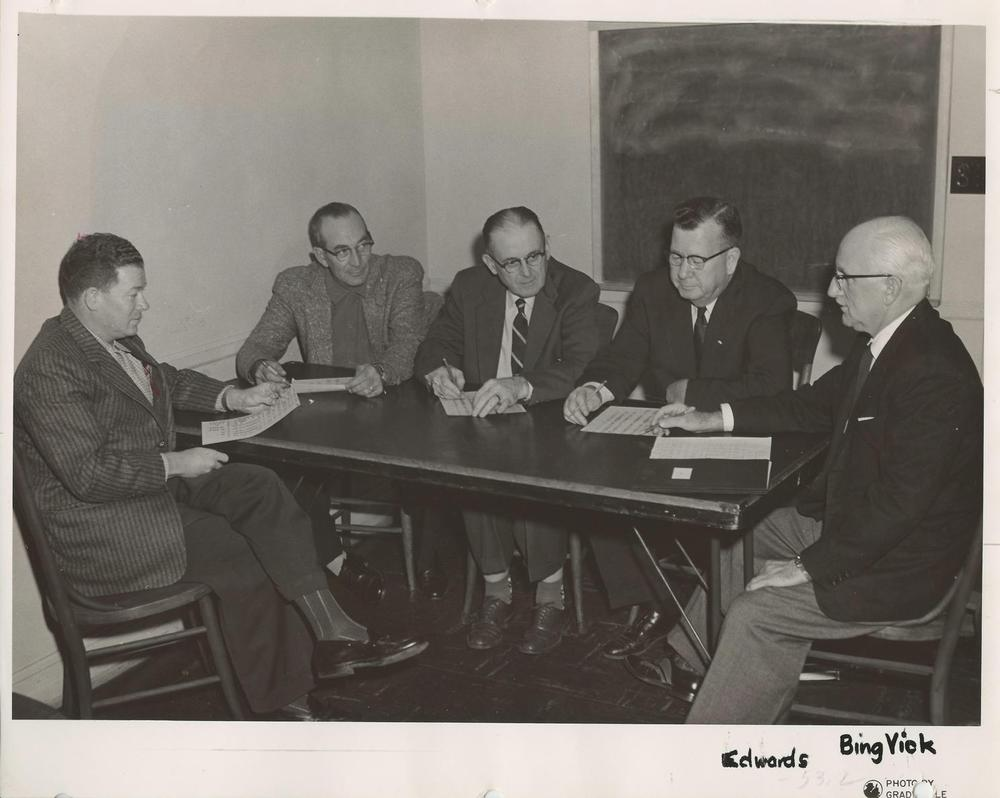 Auddy+Parker,+Bing+Vick,+Ed+Edwards,+two+others+c.+1950's.jpg