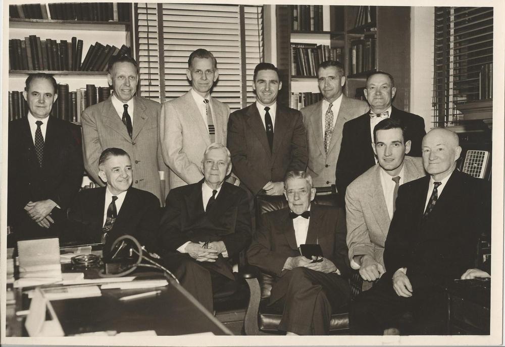Dr.+Williams,+Withrow,+Faile,+et+al+c.+1960's.jpg