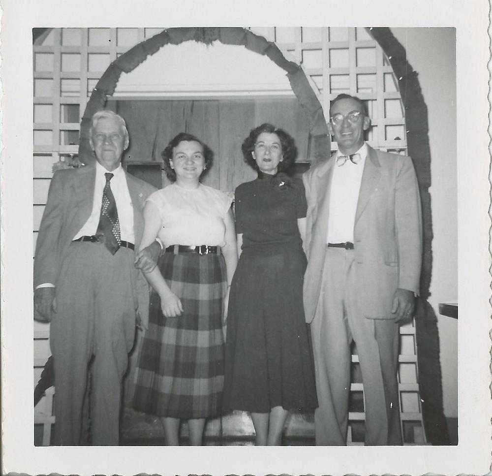 Dr.+Williams+Oct+1959,+Auddy+&+Mabel+Parker,+Eyva+Dell+Petrea+(.jpg