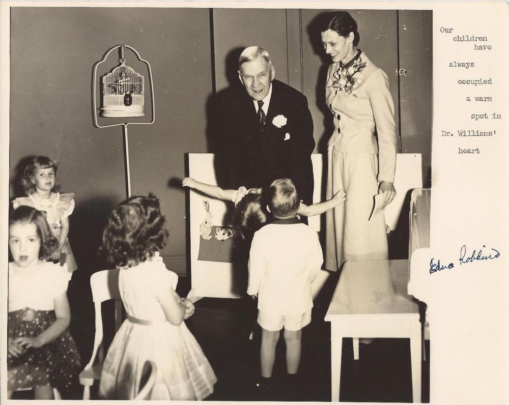Dr.+Williams+with+children,+Edna+Robbins+c.+mid-1950's.jpg