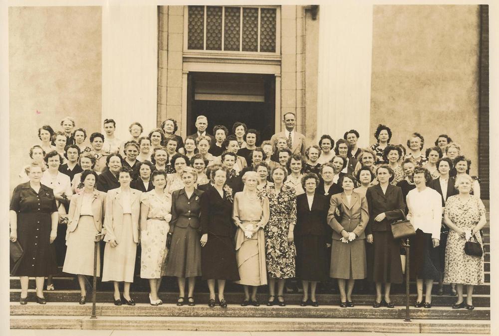 PMBC+Ann+Williams+SS+Class+c.+1940's+(Williams,+Harris).jpg