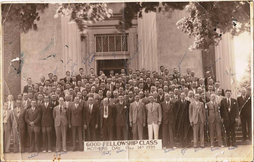 PMBC+Good+Fellowship+Class+May+14,+1939+steps+of+sanctuary.jpg