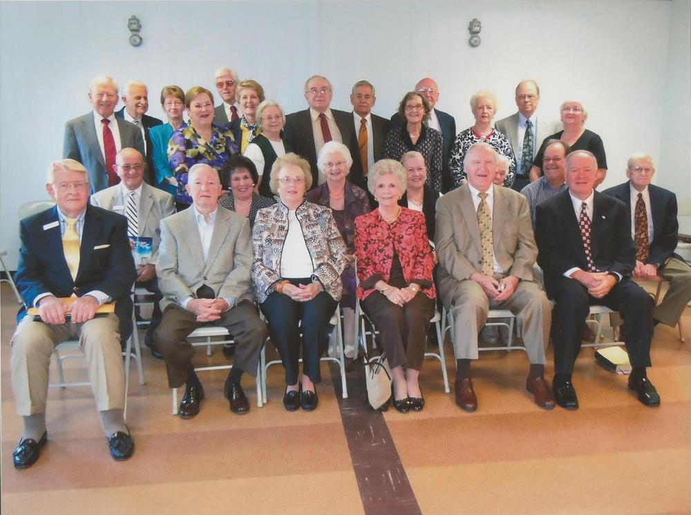 PMBC+HIS+SS+Class+December+2010,+Bob+Gore,+Sr.+teacher.jpg