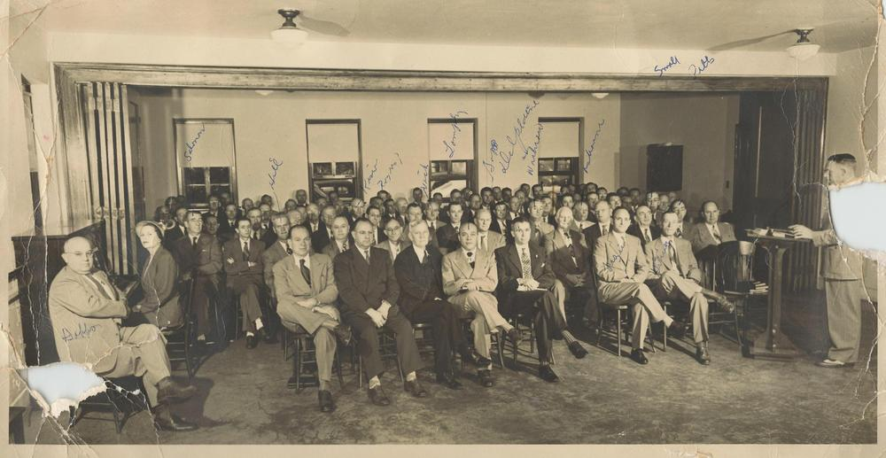 PMBC+room+of+men,+Dr.+Williams+center,+c.+1950+guess+(from+Mildred+Gandy+Rogers).jpg