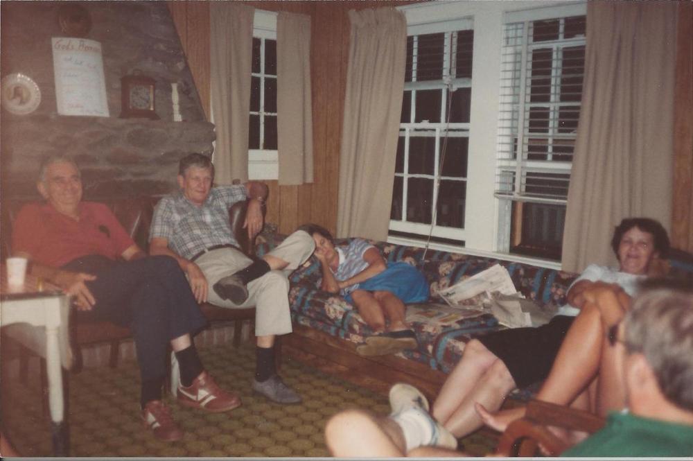Ray+&+Lois+Goble,+JC+&+Lib+Brand,++at+Ridgecrest+1984.jpg