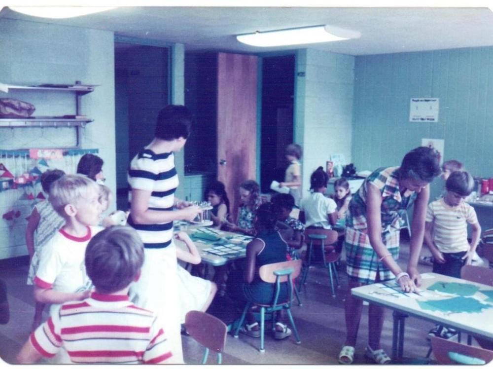 Williams+rooms+kids+doing+crafts+c+70's+group+kids.jpeg