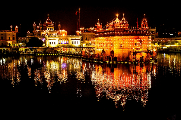 The Golden Temple and Akal Takhat at night