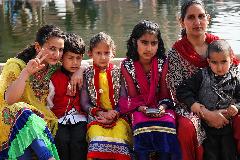 Families W Muslim water.png