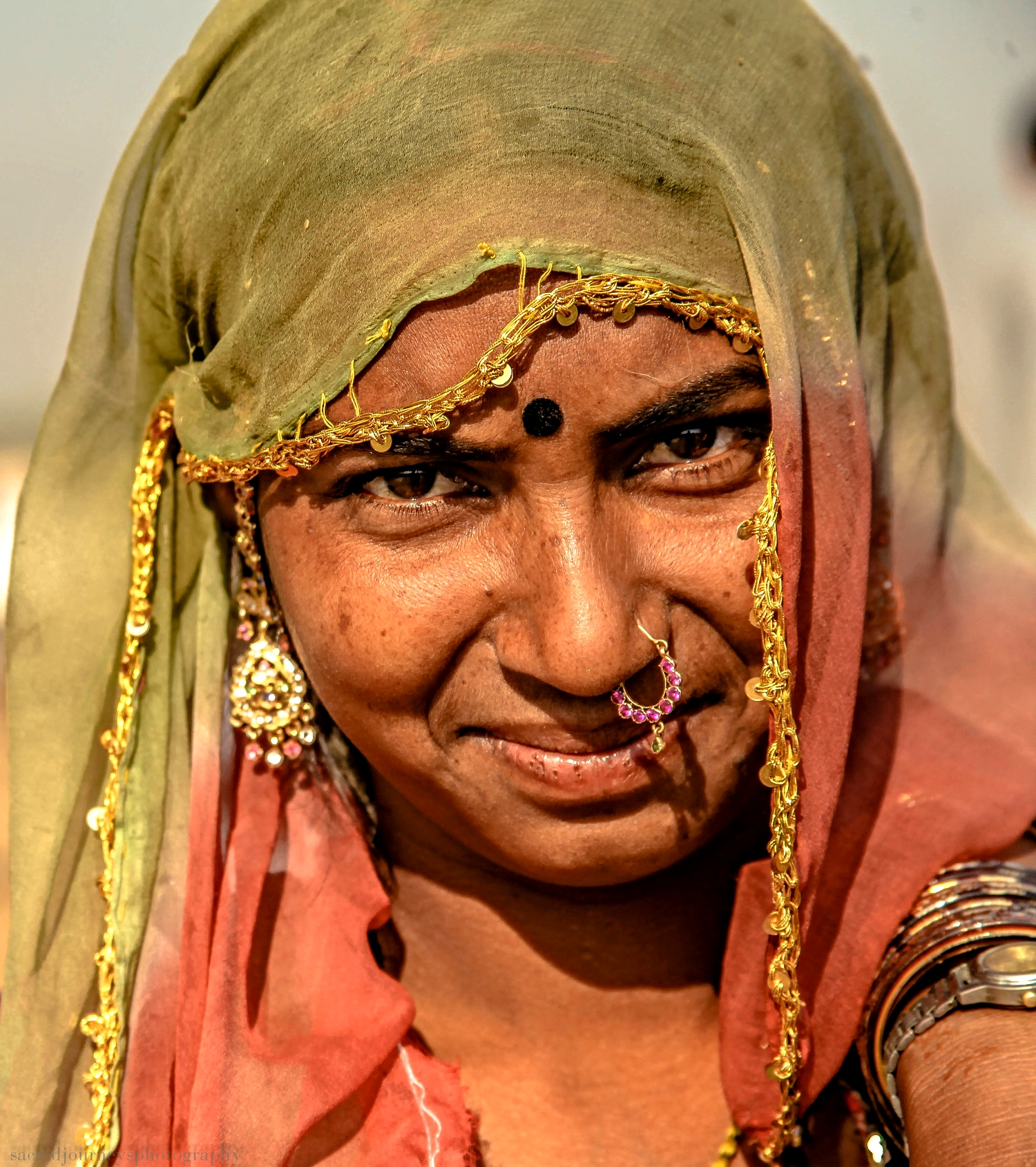 Pushkar woman with nose ring.jpg