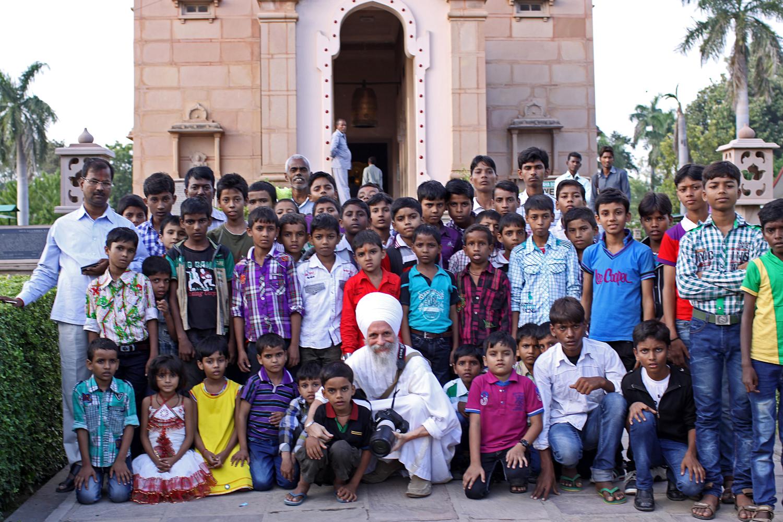 children Sarnath.jpg