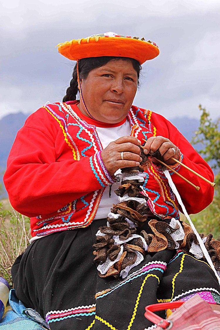 Peru W Woman knitting Moray Ruins Peru.jpg