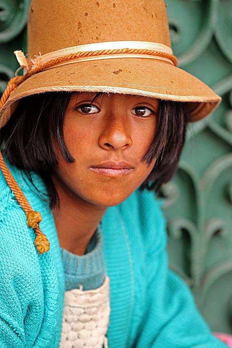 Peru W child Cuzco.jpg