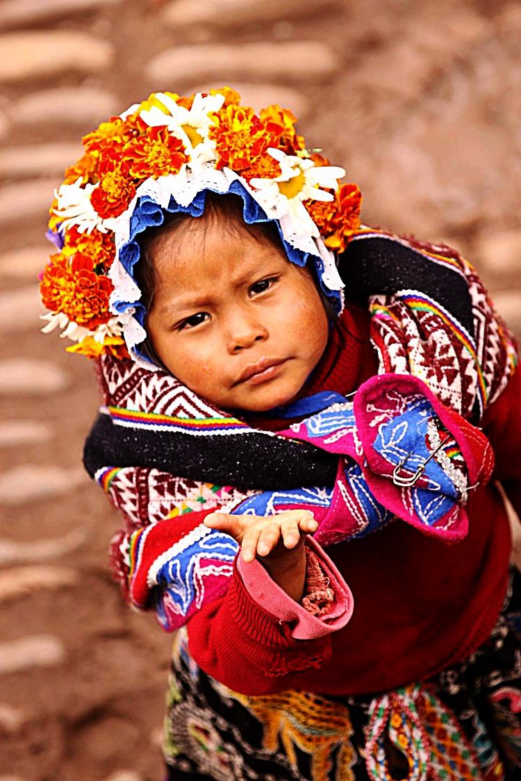 Peru W child begging.jpg