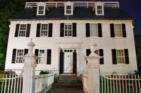1780's Rope Mansion in Salem, MA