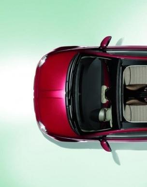 2010-Fiat-500C-Top-View-590x388.jpg