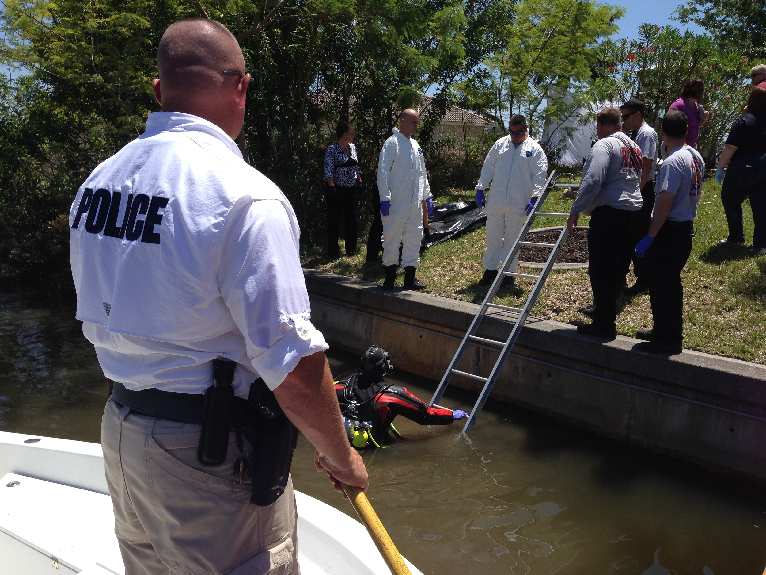 PHOTO: Cape Coral Police Department Marine Unit and Cape Coral Fire Department assisted in the recovery of a body from a canal behind 933 SW 40th Terrace. (Photo Courtesy of Sgt. Joseph Zalenski, Cape Coral Police Department)