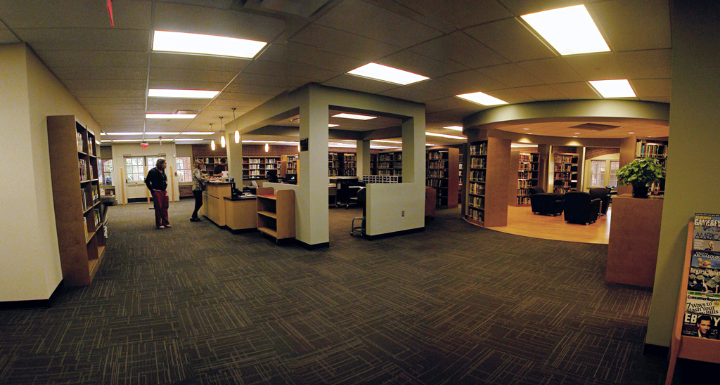 Circulation Desk & Reading Area