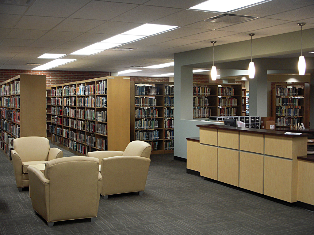 Reading Area and Circulation Desk
