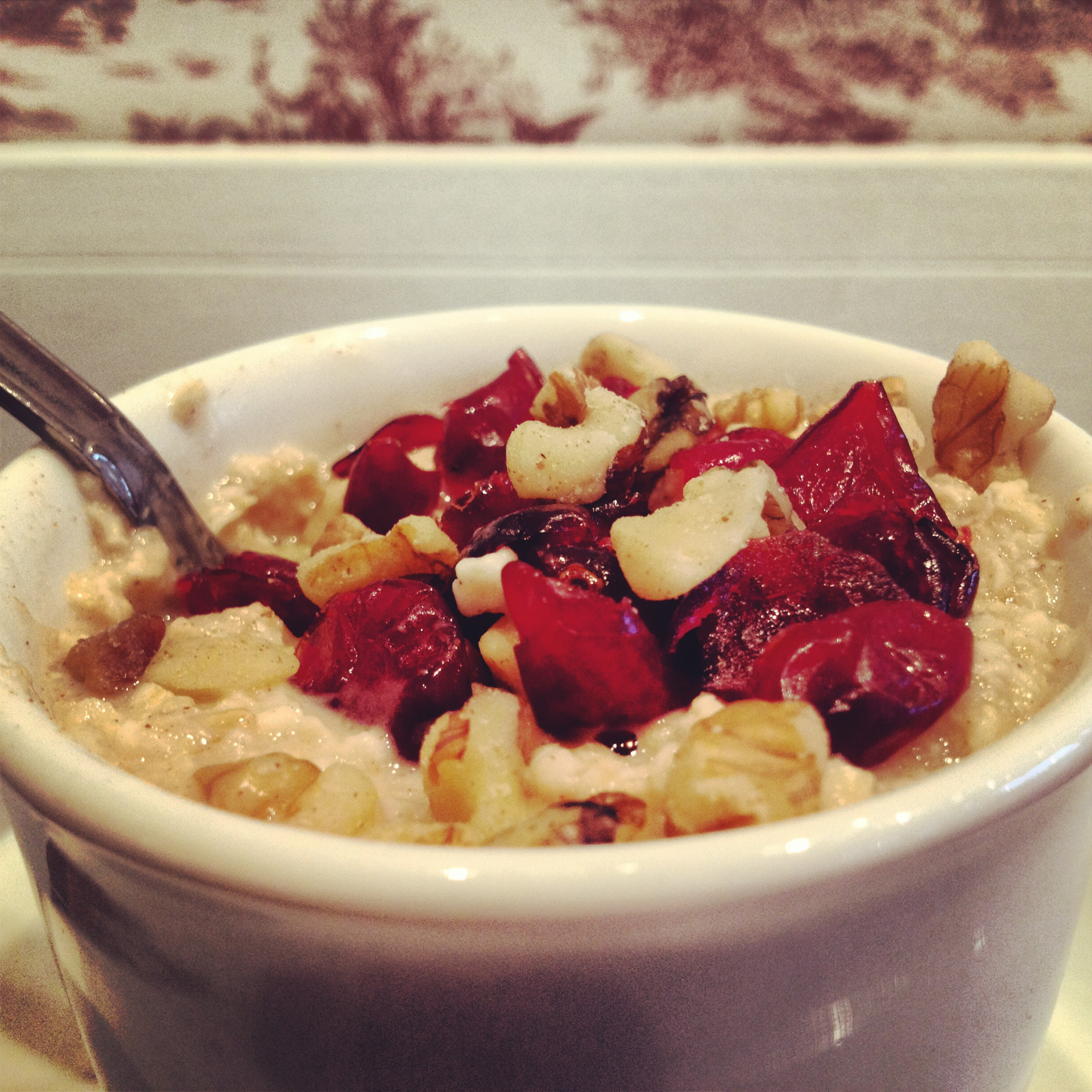 Apple-cinnamon oatmeal with cranberries and walnuts!!!