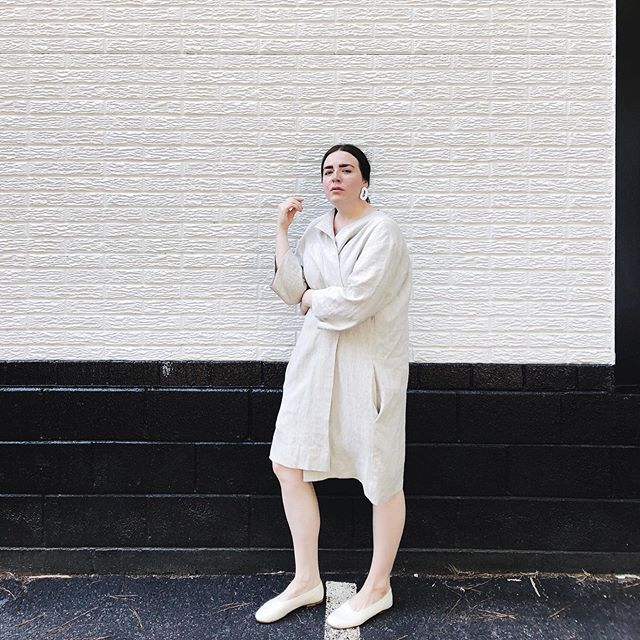 "2/2 | giveaway |  transition-ish. || that is september — sitting in-between all the shifts of life, fashion, and seasons.  thank goodness for the linen jacket — especially this one from @lilifyandlife. I love the ease of linen, but I always prefer a bit of structure + polish, too. and lilify is both. breathable coverage | structured, but not stiff/tight | effortless, yet intentional.  hailing & manufacturing from monterey, ca, lilify is creating a space for clean, organic, ethical essentials — clothes, jewelry & body alike.  also, I really appreciate that their sizing is deemed OS — open size, because tbh ""one size"" is not a fit-all. but the ines gives room for more than the average range of sizes, so as a non-skinny, oversized-lover, it's good. 〰️ and lilify has graciously offered 15% off storewide (!) in honor of the fall transition. just use code LILIFYLOVE —  AND, together, we are giving away any linen item of your choice! ✨ simply: + follow @lilifyandlife + follow me @lesliemariemedlin + tag a friend in the comments + bonus entry: comment with which lilify linen piece you want for fall!  the giveaway will run until midnight on sunday 9