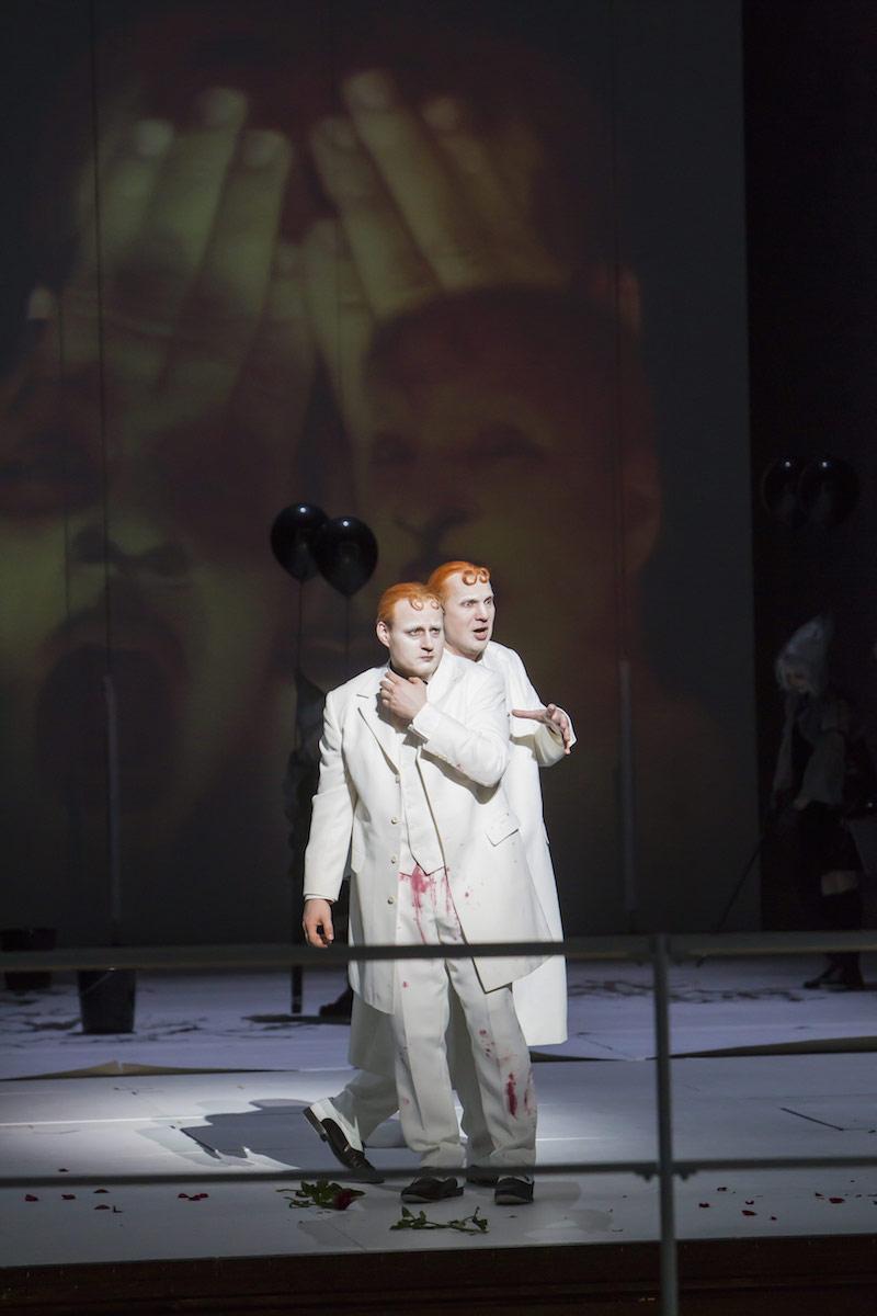 Theater Bremen, La damnation de Faust   with: Claudio Otelli  photo credit: Jörg Landsberg