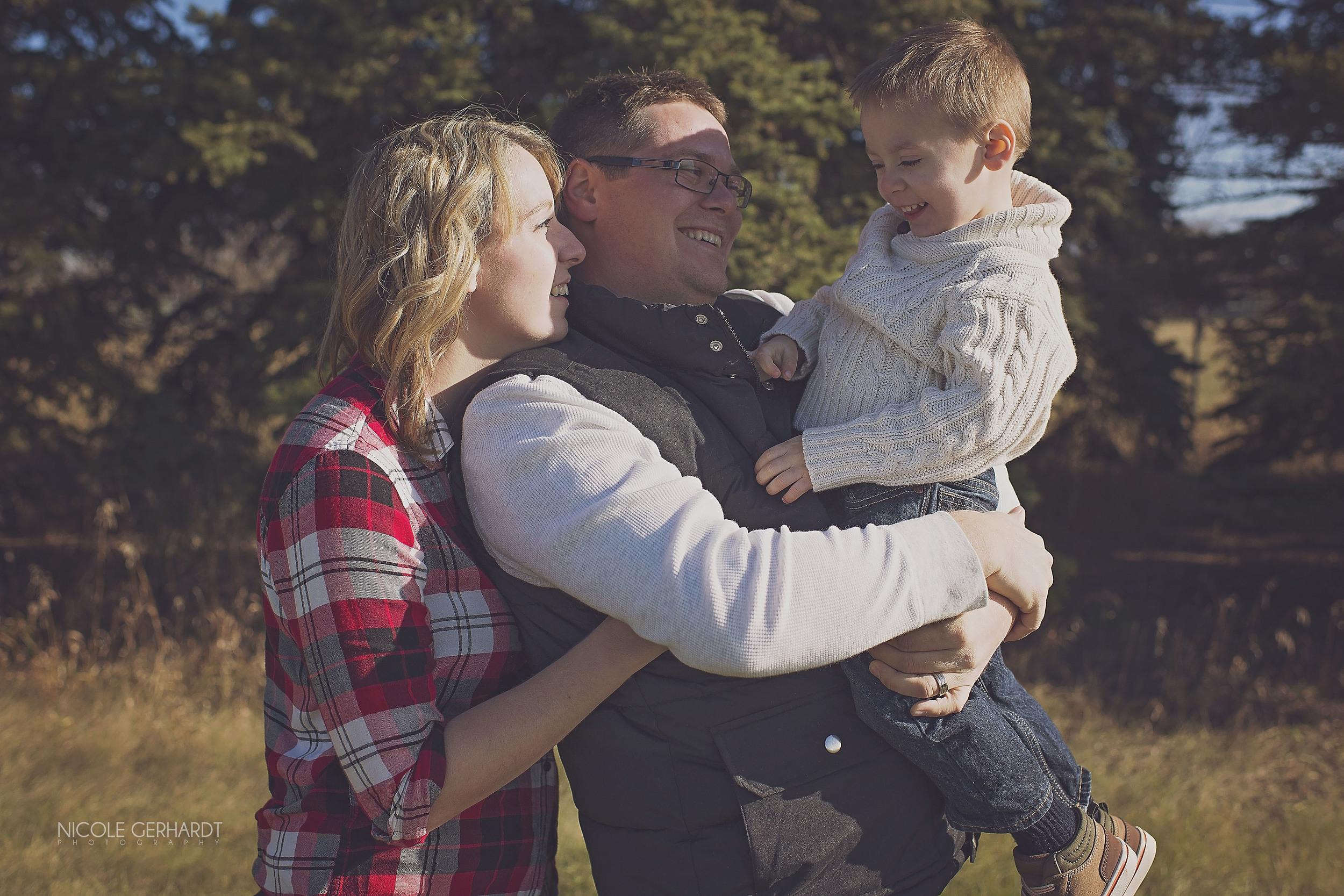 Regina_Family_Photographer_01_7.jpg
