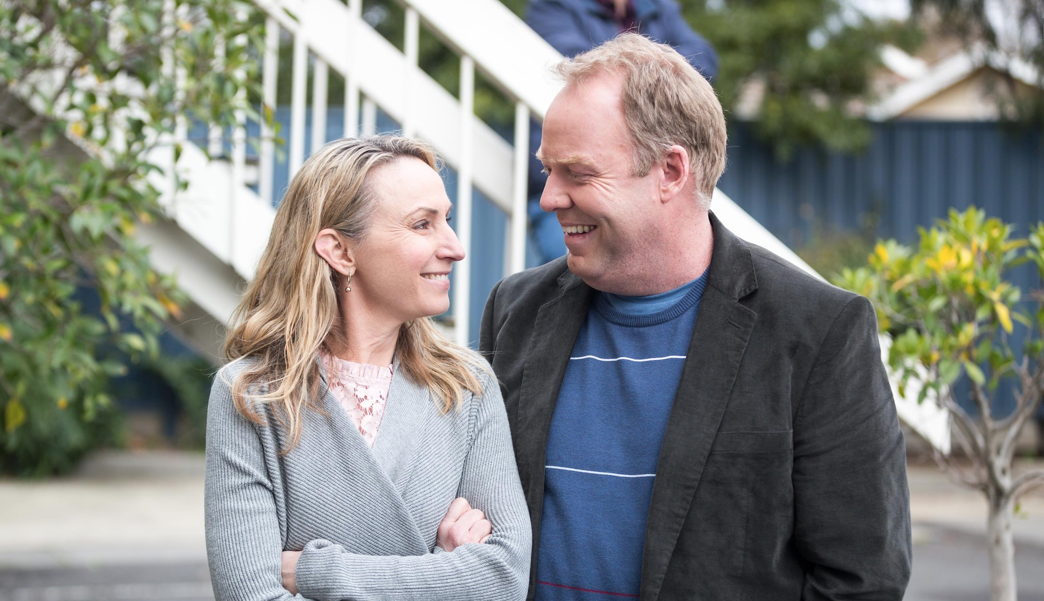 Lisa McCune and Peter Helliar  image - TEN