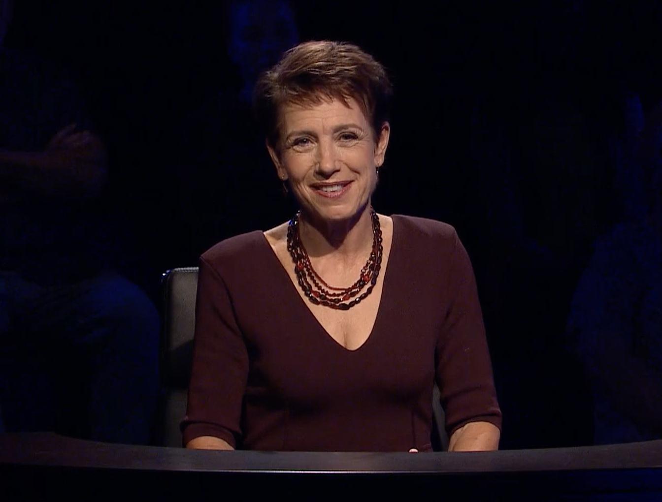 Jennifer Byrne hosting episode 1 of MASTERMIND