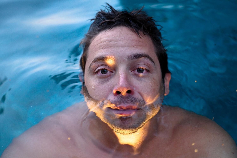 Nahchey, Night Swimming