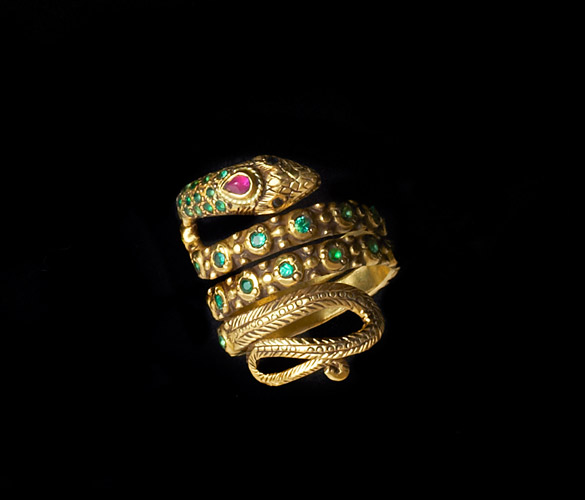 18k-Gold-Snake-RIng-with-Emeralds-and-Ruby-Eyes.jpg