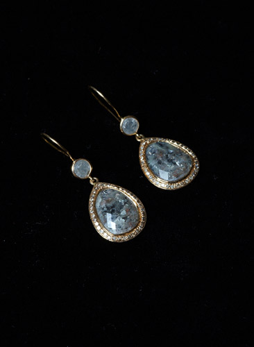 24ct-Gold-Multi-Grey-Diamond-Drop-Earrings.jpg