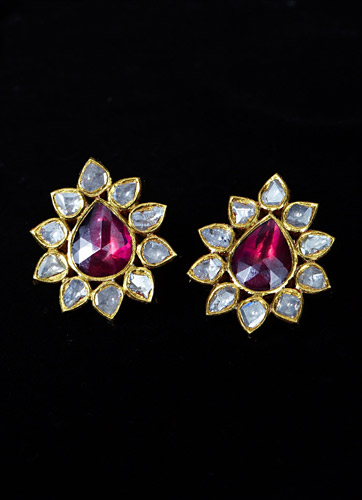 Garnet-and-Polki-Diamond-Flowe-Earrings.jpg
