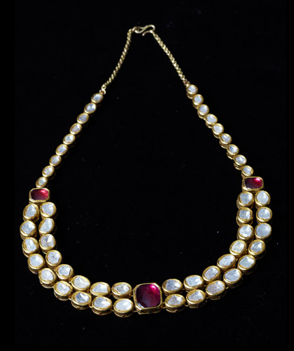 Large-Polki-DIamond-Necklace-with-Garnet.jpg