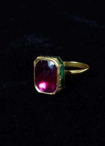 garnet-ring,-18ct-gold.jpg