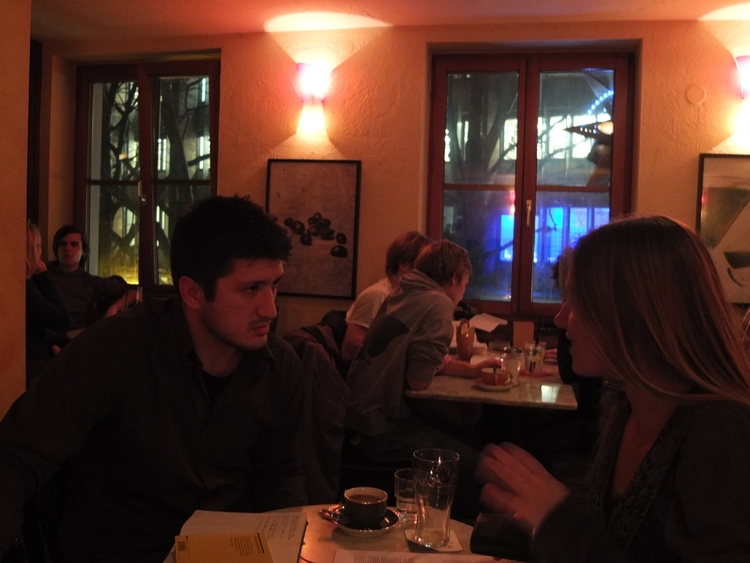 Im Gespräch mit Clara Jorde. Freiburg 2012.